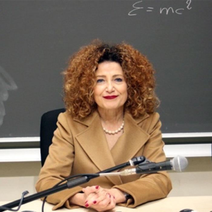 insegnante Rosaria Scuola Estetica Dorabruschi